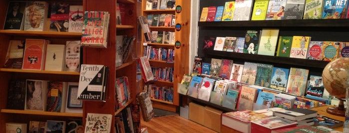 Idlewild Books is one of Flatiron Fun.