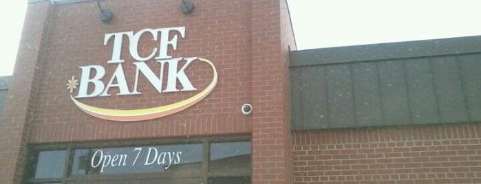 TCF Bank is one of DDMcsnatch 님이 좋아한 장소.