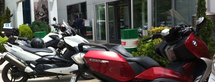 BMW Motorrad is one of สถานที่ที่ N. Naz ถูกใจ.