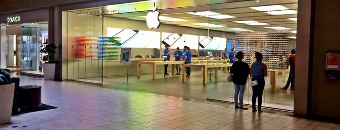 Apple Cielo Vista Mall is one of Apple Stores US West.