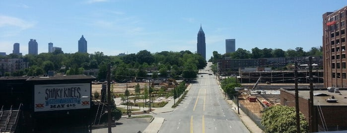 Atlanta BeltLine Corridor over North Ave is one of Posti che sono piaciuti a Christina.