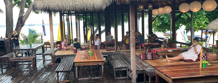Castaway Resort is one of Om's Liked Places.
