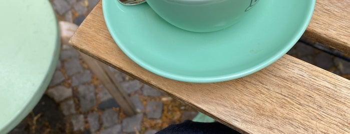 Populus Coffee is one of Susanna'nın Beğendiği Mekanlar.
