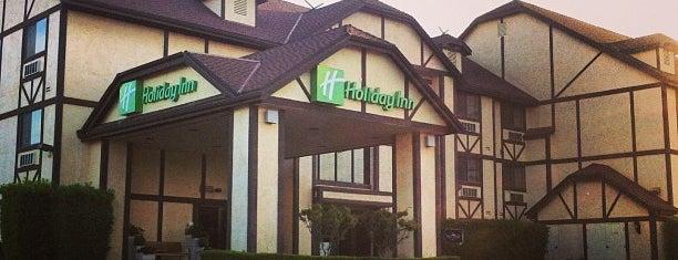 Holiday Inn Selma-Swancourt is one of สถานที่ที่ Elijah ถูกใจ.
