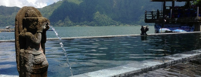Batur Natural Hot Spring is one of путешествия.