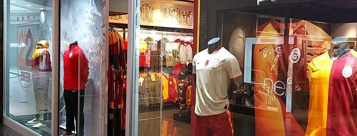 GSStore is one of Tempat yang Disukai Oral.