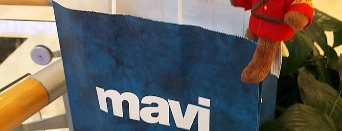 Mavi is one of Murat karacimさんのお気に入りスポット.