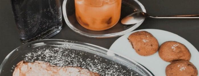 Boyy & Son Café is one of Lieux sauvegardés par Whit.
