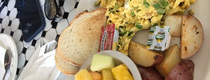 Lazy Daisy Cafe is one of David & Dana's LA BAR & EATS!.