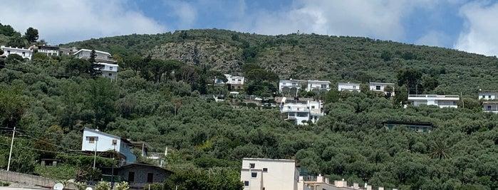 Ristorante Lo Scoglio is one of Naples, Capri & Amalfi Coast.