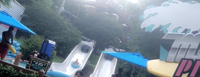 Jet Scream - Water Country USA is one of Locais curtidos por Jen.