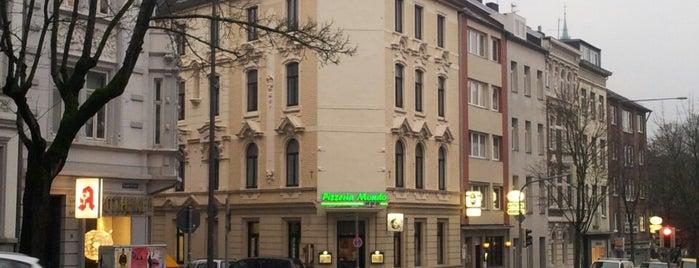 Pizzeria Mondo is one of สถานที่ที่ Dørte ถูกใจ.