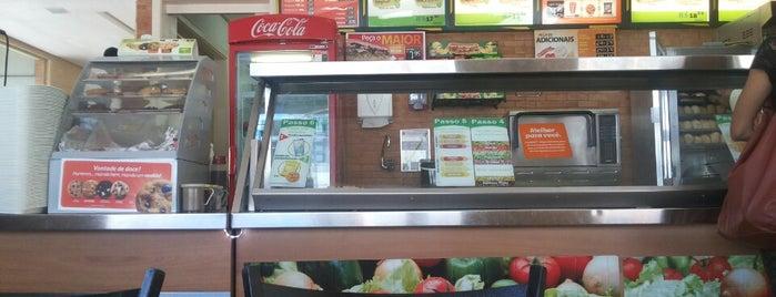 Subway is one of Restaurantes - Aracaju.