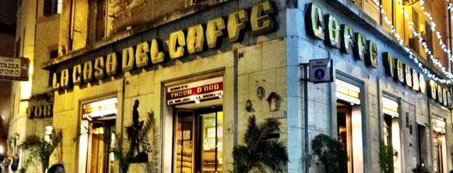 La Casa Del Cafe is one of Locais curtidos por Yesim.