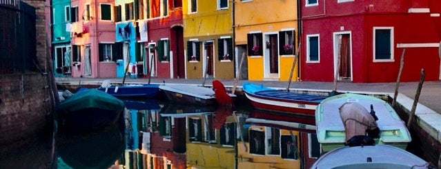 Isola di Burano is one of Place to See.