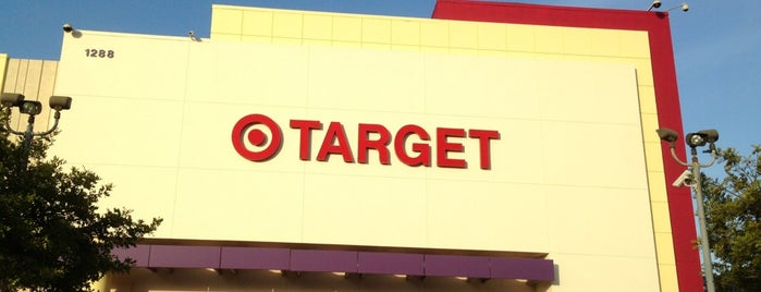 Target is one of Locais curtidos por Maria.