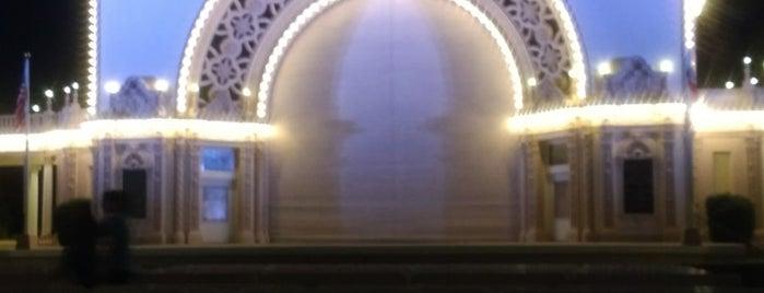 Spreckels Organ Pavilion is one of Posti che sono piaciuti a Sal.