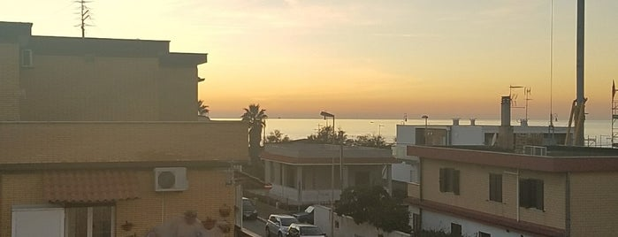 BEST WESTERN Hotel Riviera Fiumicino is one of Tempat yang Disukai Káren.