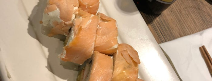 Sushi Roll is one of Giovo 님이 좋아한 장소.