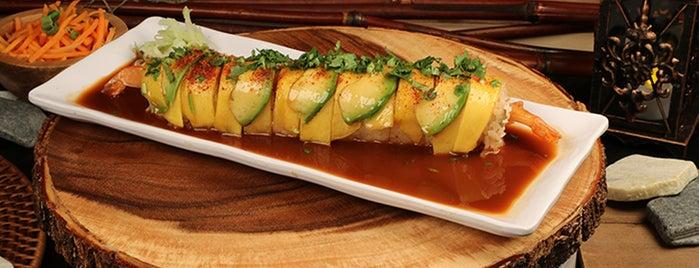 El Sushi Loco Sushi & Mariscos La Puente is one of Raymond'un Kaydettiği Mekanlar.