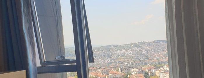The Berussa Hotel is one of Lieux sauvegardés par Murat karacim.