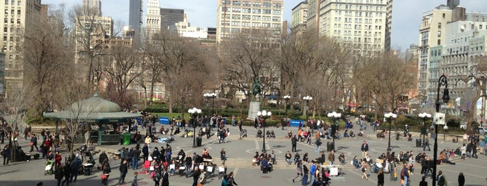 Union Square Park is one of long walks - NY airbnb.