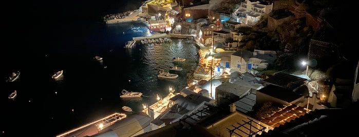 Ammoudi Bay is one of Lugares guardados de Fabio.