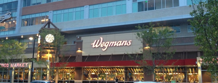 Wegmans is one of Erica 님이 좋아한 장소.