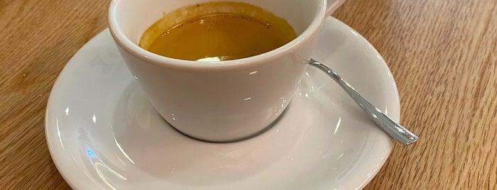 The Perfect Match Espresso Bar is one of Locais curtidos por Karl.