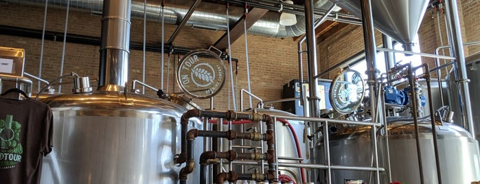 On Tour Brewing Company is one of Chicago Craft AlcBev.