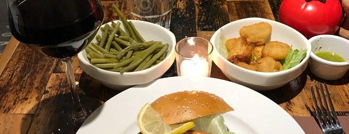 Bistro Burger is one of Mesut : понравившиеся места.