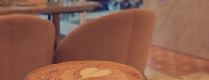Feya is one of London Afternoon Tea ☕️.