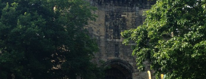 Lancaster Castle is one of Carl 님이 좋아한 장소.