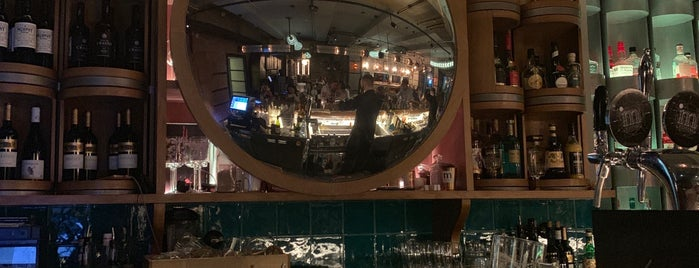 Masters & Margaritas is one of bars & pubs.