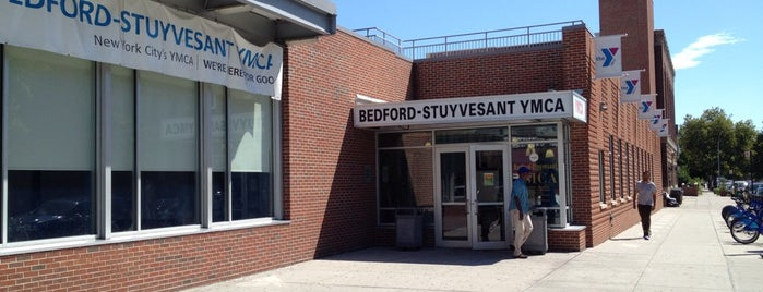 Bedford-Stuyvesant YMCA is one of Lieux qui ont plu à Hillary.