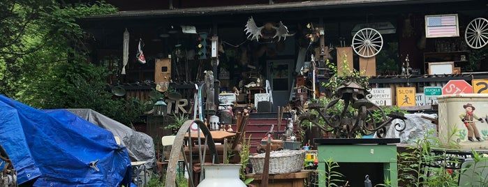 Barryville Antique Emporium is one of Delaware River Adventure Ideas.