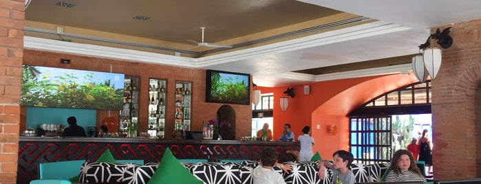 Soluna Bar is one of Cancun.