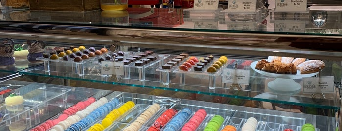 Bouchée Patisserie is one of Samahさんのお気に入りスポット.