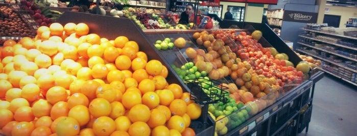 Walmart Neighborhood Market is one of 현주 님이 좋아한 장소.
