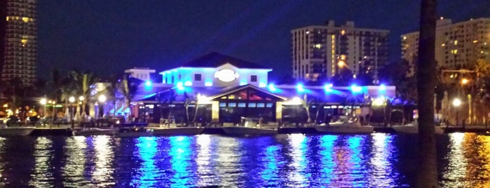 Bokampers Sports Bar & Grill is one of Ft Lauderdale.