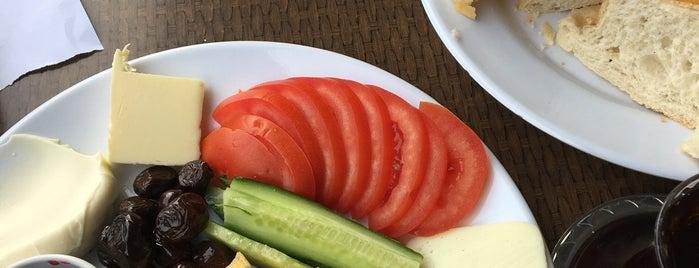 Pasta Villa is one of Posti che sono piaciuti a hibo-ç.
