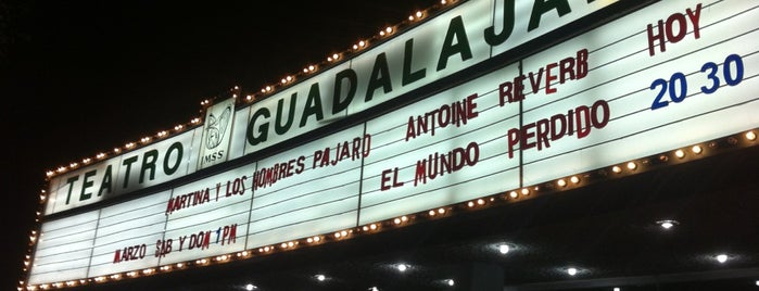 Teatro Guadalajara del IMSS is one of Lugares.