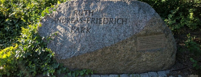 Ruth-Andreas-Friedrich-Park is one of Thilo'nun Beğendiği Mekanlar.
