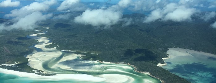 Whitehaven Beach is one of Orte, die Martin gefallen.