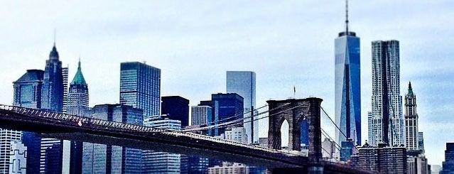 East River is one of Nova York.