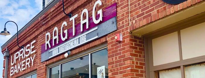 Uprise/Ragtag Bar is one of Lugares favoritos de Taylor.