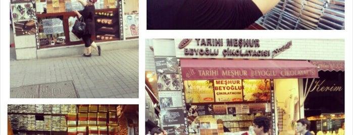 Tarihi Meşhur Beyoğlu Çikolatacısı is one of Gittiğim Yerler.