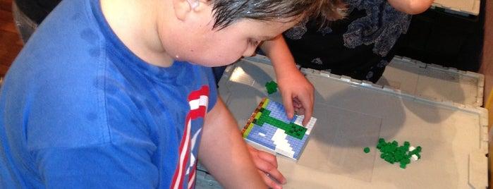 LEGO Fun Fest Costanera is one of Posti che sono piaciuti a Paulina.