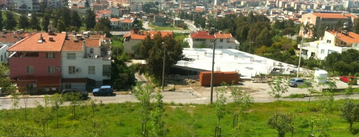 Evka 2 is one of Veni Vidi Vici İzmir 1.