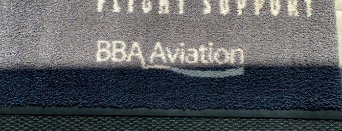 Signature Flight Support is one of EUA - Oeste.